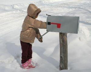 989112_checking_the_mail-300x236