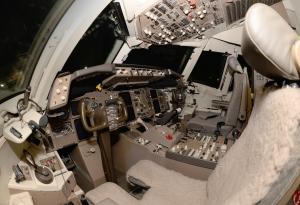 cockpit-1440172-m.jpg