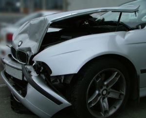 crash-car-748825-m.jpg